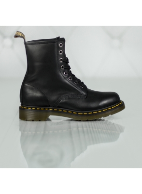 Dr. Martens 1460 8 Eye Boot 11821002