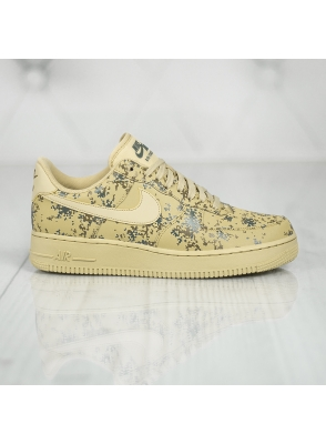 Nike Air Force 1 '07 Lv8 823511-700
