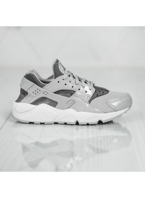 Nike Wmns Air Huarache Run 634835-023