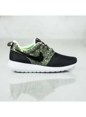 Nike Roshe One Print GS 677782-008