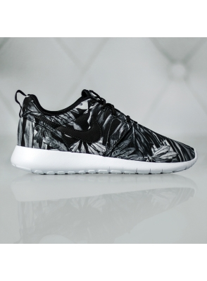 Nike Roshe One Print GS 677782-013