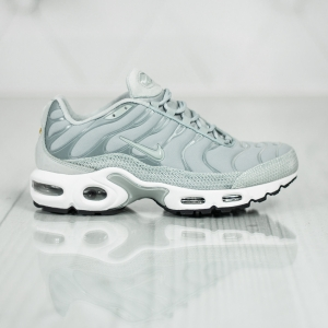 Nike Wmns Air Max Plus PRM 848891-003